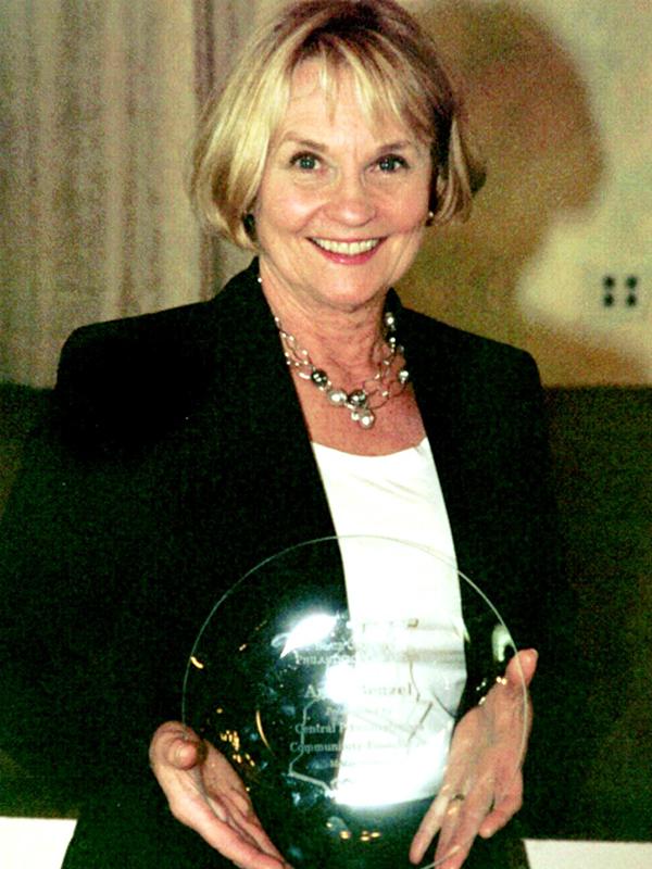 2007 Ann Benzel